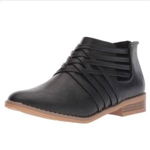Rocket Dog MASS Faux Leather Zip Strappy Booties